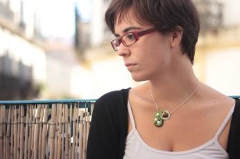 collier en coton vert et blanc. 2014